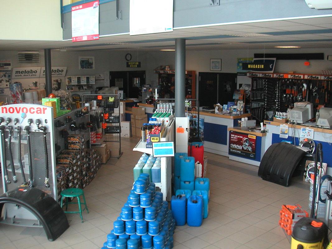 Ets lenoir garage utilitaire chaumont for Garage poids lourds angers
